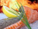 Romanii au inceput sa aiba gusturi exotice. Vanzarile de somon si macrou au crescut anul trecut cu 5%. Fructele de mare, din ce in ce mai des pe mese