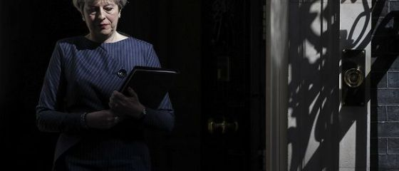 Financial Times: Theresa May va propune UE 20 de miliarde de euro, nota de plată pentru Brexit