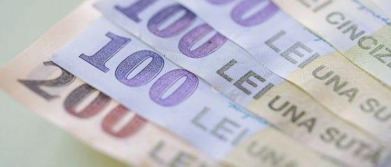 Euro începe să revină spre 4,58 lei, leul fiind susţinut de cererea pentru titluri de stat