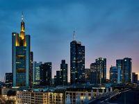 """Bancile din Londra au inceput sa caute serios spatii de birouri in Frankfurt. """"Nu va fi loc pentru toata lumea"""". Regatul ar putea pierde zeci de mii de joburi doar in sectorul financiar"""