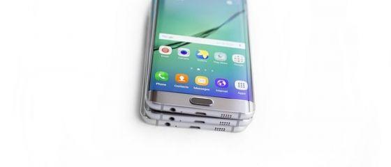 Samsung a prezentat în premieră telefonul pliabil. VIDEO