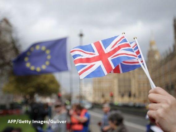Premierul Theresa May dă din nou asigurări că Marea Britanie iese din uniunea vamală. Taxele și controalele ar putea reveni la frontiera irlandeză