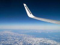 Ryanair vinde o jumatate de milion de bilete la pretul de 14,99 euro. Profitul net al operatorului low-cost a crescut cu 55% in primul trimestru fiscal, la 397 mil. euro