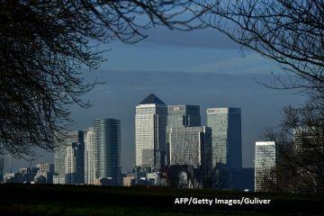 Exodul după Brexit. Băncile afectate de ieșirea Marii Britanii din UE vor începe să transfere angajați peste hotare, din 2018