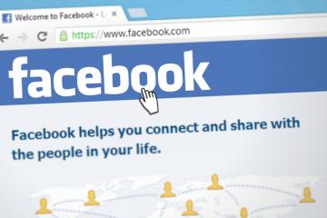 Bloomberg: Facebook ar fi plătit sute de contractanţi externi pentru a transcrie mesajele audio ale utilizatorilor