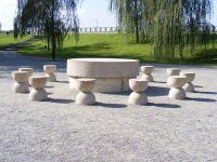 Turistii nu vor mai avea voie sa atinga operele din Ansamblul Monumental  Constantin Brancusi  din Targu Jiu