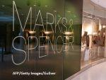 Grupul cipriot Voici La Mode preia in franciza trei magazine Marks  Spencer din Romania. Celelalte vor fi inchise in toamna