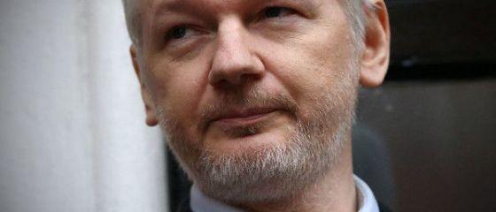 Suedia a renuntat la ancheta pentru viol care il viza pe Julian Assange, fondatorul WikiLeaks