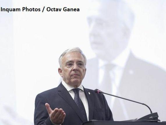 Isărescu: Principalul factor care limitează creditarea în România este incertitudinea legislativă. Stimulii fiscali și majorările salariale nu pot continua la infinit