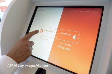 Cine a investit 1.000 de dolari in bitcoin in 2010 are in prezent 35 de milioane. Ce a determinat explozia monedei virtuale si cat de aproape este de o  bula speculativa