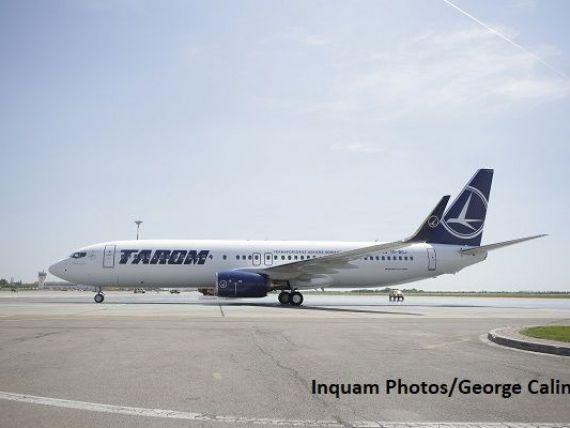 Cum arată prima aeronavă Boeing 737-800 NG vopsită cu însemnele României, care va intra luna viitoare în flota Tarom
