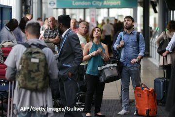 Europenii intorc spatele britanicilor, dupa ce acestia au votat pentru Brexit. Numarul cetatenilor UE care au parasit Regatul anul trecut a crescut cu 36%