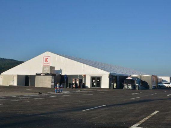 Kaufland a inaugurat primul hipermarket amenajat intr-un cort, care va functiona doar in perioada sezonului estival