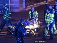 Atac terorist in Londra: o duba a lovit un grup de pietoni aflati langa o moschee. Un mort si opt raniti