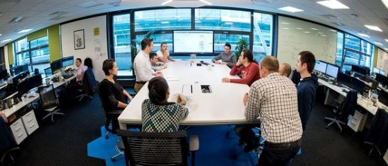 Deutsche Bank pregateste specialisti software la Bucuresti. Cursurile incep in iulie, iar participantii vor fi remunerati
