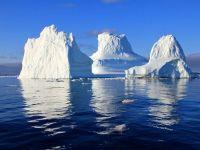 Un aisberg de o mie de miliarde de tone si de dimensiunea Londrei s-a desprins din vestul Antarcticii