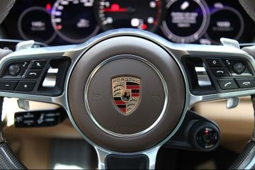 Porsche nu exclude listarea la bursă a unui  supergrup de lux  dintre brandurile Volkswagen