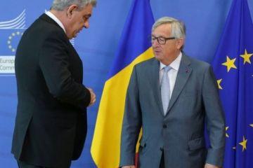 UE, cu ochii pe Romania. Premierul Tudose are o convorbire telefonica cu presedintele CE, Jean-Claude Juncker, la 9 zile dupa vizita la Bruxelles