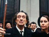Salvador Dali, exhumat joi, la 28 de ani de la moartea sa, pentru un test ADN. O clarvazatoare pretinde ca este fiica artistului