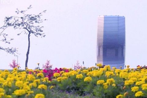 Turnul care  mananca  poluarea. Cum arata cel mai mare purificator de aer din lume, inventat de un olandez si testat in cea mai poluata tara din lume