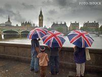 Migrația în Marea Britanie a scăzut drastic în ultimul an. Europenii se tem de restrângerea drepturilor în Regat, după Brexit