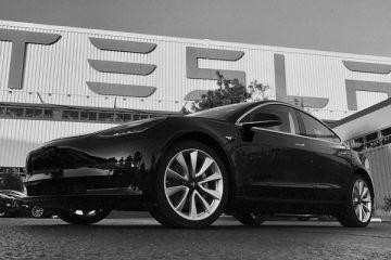 Tesla Model 3 a obţinut rating de 5 stele din partea agenţiei pentru siguranţa traficului din SUA