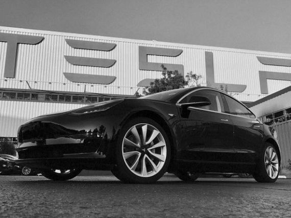 Tesla se ține de cuvânt și doboară recorduri în acest an. Acțiunile companiei explodează pe bursă
