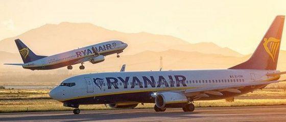 Ryanair caută însoțitori de zbor în România. În ce orașe face recrutări