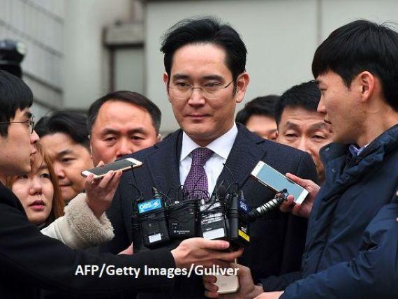 Procurorii sud-coreeni cer 12 ani de închisoare pentru moştenitorul imperiului Samsung Electronics, într-un scandal uriaș de corupție