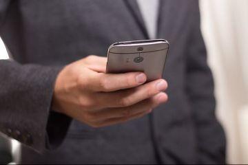 AKTA intră pe piaţa telefoniei mobile, din 15 august, cu abonamente care pornesc de la 2 euro lunar