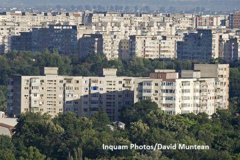 Piața imobiliară, aproape de stagnare. Prețurile apartamentelor au început să scadă