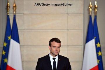 Emmanuel Macron, așteptat cu proteste la București. De ce este contestat în România salariul minim din Franța