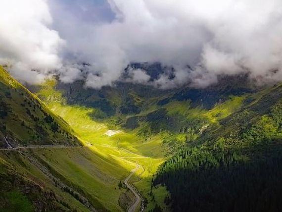 The New York Times recomandă România pentru vacanțe: Case vechi precum cele de pe Valea Loarei, munți asemănători Alpilor, străzi pietruite cu aspect britanic