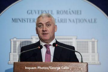 Ministrul Apărării și-a depus demisia pentru  lipsa de comunicare , după ce a anunțat că MApN nu mai are bani pentru salariile militarilor. Țuțuianu:  Nu există probleme financiare