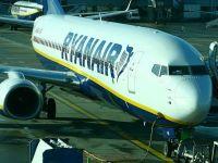 Ryanair schimbă politica bagajelor. Reduce numărul de genți permise în cabină și scade taxele pentru bagajele de cală
