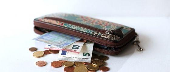 Câți bani au în conturi cei care au contribuit în ultimii 10 ani la Pilonul II de pensii private. Fondurile de administrare au produs 1.000 lei în plus pentru fiecare contribuabil