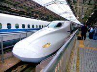 India, care are o infrastructură feroviară veche de 160 de ani, vrea să introducă primul tren-glonț, cu ajutor japonez