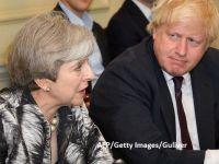"""Boris Johnson prevede un Brexit """"glorios"""", relansând zvonuri potrivit cărora ar vrea să o detroneze pe Theresa May"""