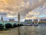 Efectul pozitiv al Brexitului. Record de turiști în Marea Britanie, care au cheltuit o sumă de bani record, pe fondul prăbușirii lirei