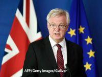 """Românii ar putea avea nevoie de vize, după Brexit. Davis: Marea Britanie """"este liberă"""" să introducă vize pentru cetățenii unor state UE"""