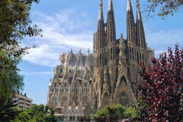 Sagrada Familia, catedrala simbol a Barcelonei, a obținut autorizație de construcție, la 137 de ani de la începerea lucrărilor