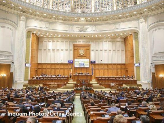 Noua sesiune parlamentară începe luni. Legea offshore și rediscutarea Codurilor penale, printre priorităţile PSD-ALDE