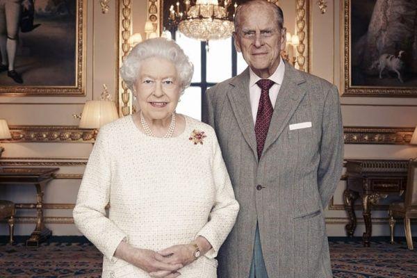 Regina Elisabeta a II-a a Marii Britanii și Prințul Philip sărbătoresc 70 de ani de la căsătorie. Cununia prințesei Elisabeta cu locotenentul Philip Mountbatten a avut loc pe 20 noiembrie 1947, la Westminster Abbey. Foto: Matt Holyoak/Camera Press