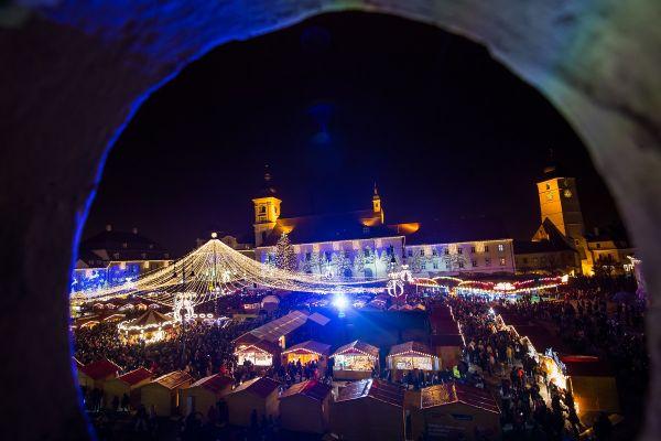 Târgul de Craciun din Sibiu. Foto: Inquam Photos/Ovidiu Dumitru Matiu
