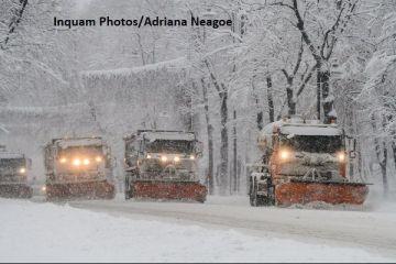 Firea:  Gazele au fost plătite în avans, factura la căldură nu se majorează la iarnă.  Capitala va avea maşini pentru topit zăpada