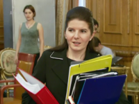 Fostul ministru al Tineretului şi Sportului Monica Iacob Ridzi va fi eliberată