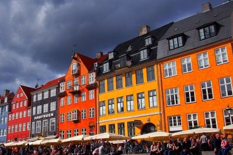 Țara în care se trăiește cel mai bine vrea să atragă  creierele  Europei. De ce fug străinii de Danemarca