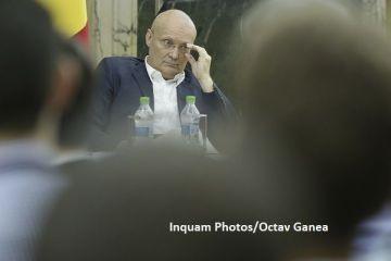 Milionarul român care stă la bloc și merge cu metroul la birou. Compania lui realizează cel mai cumpărat produs românesc în lume