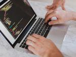Industria IT şi-a dublat veniturile în România, în ultimii șase ani. Piața a ajuns la aproximativ 5 mld. euro, iar numărul angajaților a depășit 100.000