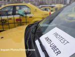 Mii de taximetriști protestează în faţa Guvernului: bdquo;Nu cerem bani!  Restricții de trafic